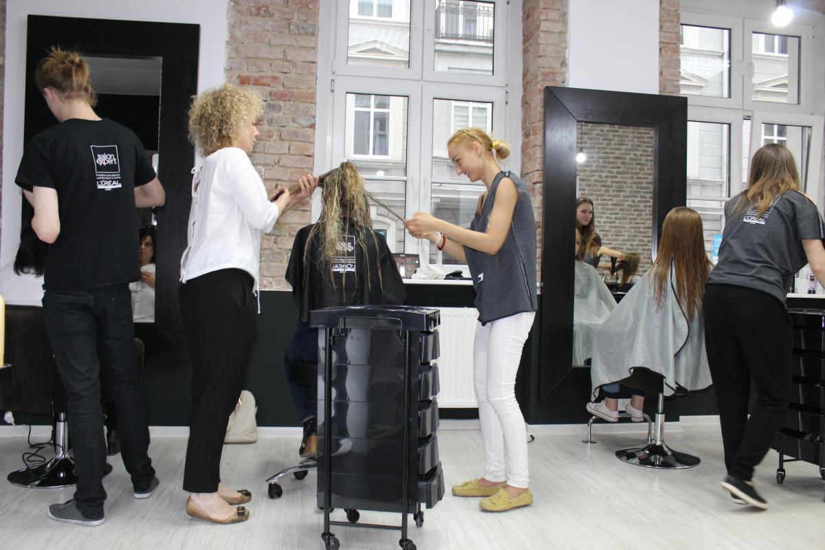 Salon fryzjerski poznan 2